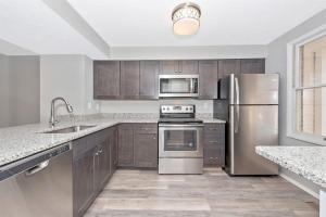 4390-Kitchen
